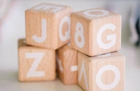 Cubos con letras